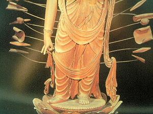 法華寺の十一面観音立像