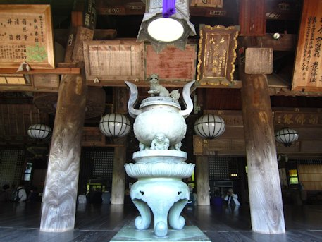 長谷寺礼堂