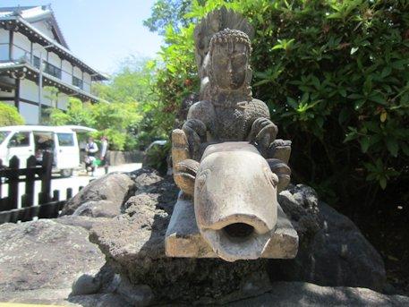 久米寺の手水