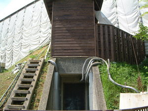 高松塚古墳の入口