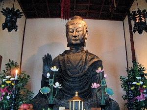 飛鳥大仏 飛鳥寺の釈迦如来像