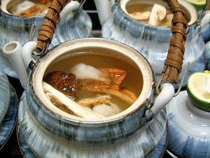 土瓶蒸し 松茸会席料理 宴会プラン