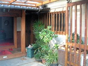 奈良の旅館大正楼 玄関