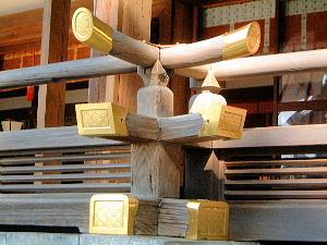 拝殿の木組み