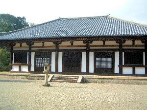 秋篠寺の本堂