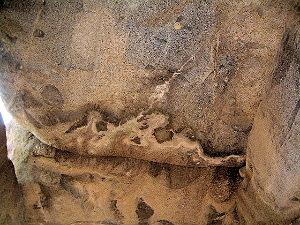 石舞台古墳の中 天井石