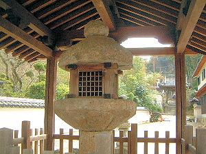 日本最古の石燈籠
