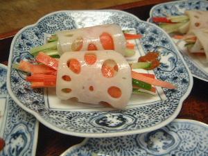 スモークサーモン蛇籠蓮根 冬の季節会席料理