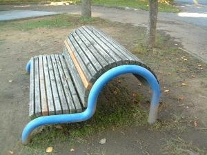 資料館近くのベンチ