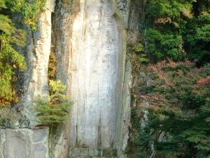 大野寺の磨崖仏