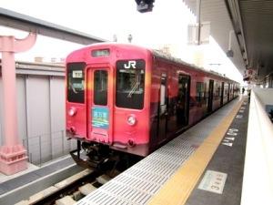 JR奈良駅 万葉まほろば線の列車