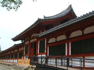西側の中門 東大寺