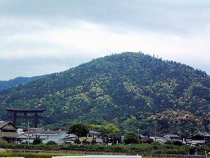 大神神社の大鳥居