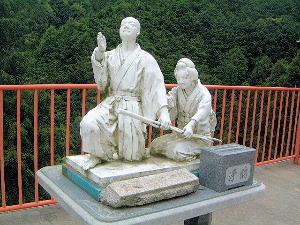 お里・沢市の像 壷阪寺