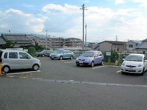 大神神社の無料駐車場
