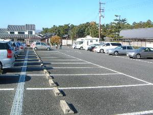 唐招提寺の駐車場