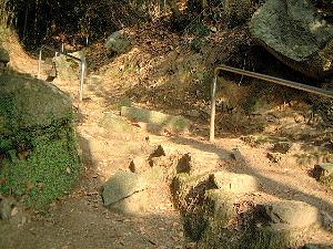 岩船寺への石段