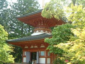 多宝塔 円成寺