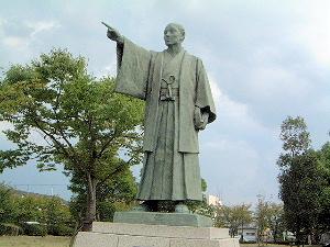 棚田嘉十郎の像