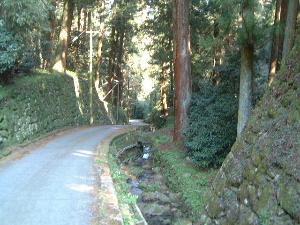 談山神社東大門へ続く道