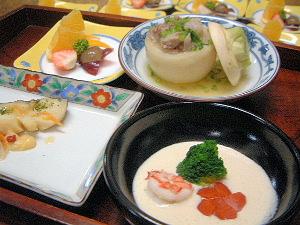 海老ブロッコリーの豆乳ソース仕立 タラの香味野菜蒸し 料理案内